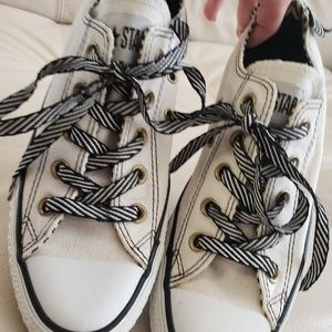 🖤CONVERSE LIMITED EDITION WOMEN'S SNEAKERS SZ 6🖤